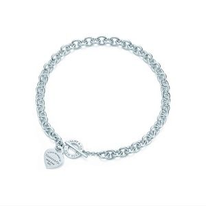 Tiffany & Co. Heart Tag Toggle Necklace in EUC